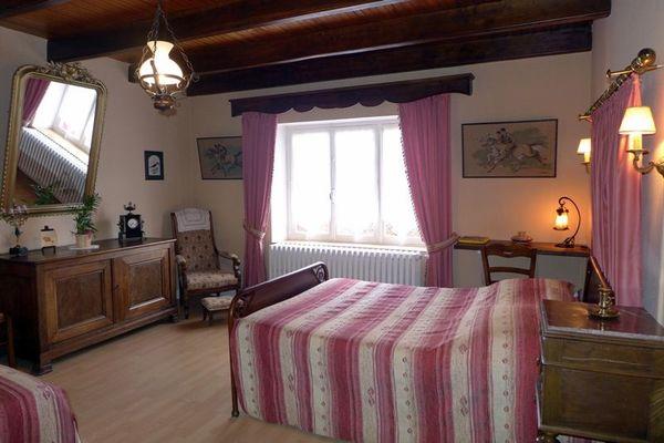 chambre hotes haute marne coiffy le haut 52g515 chambre.