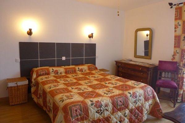 chambre hote haute marne nully 52g572 chambre 2.