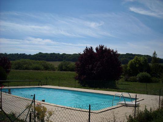champagne 52 rolampont hotel la tuffiere piscine.