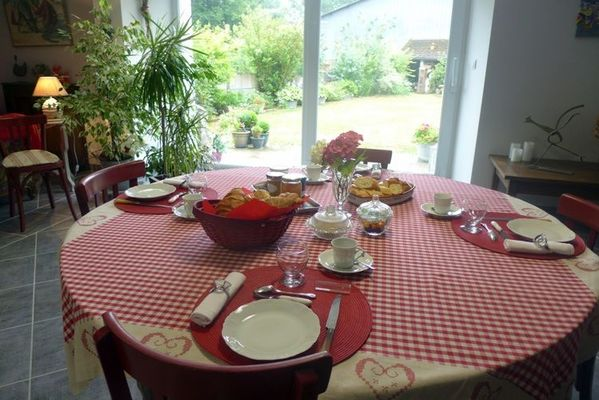chambre hotes parc national haute marne chateauvillain 52g593 petit dejeuner.