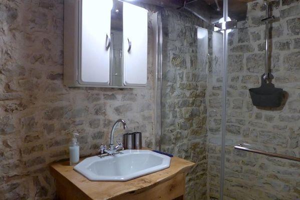 chambre hote haute marne cirfontaines en ornois 52g600 salle de bain 2.