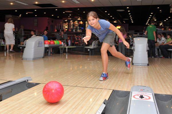 champagne 52 loisirs bowling le strike chaumont phl 2755.
