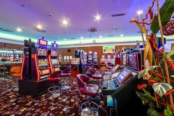 champagne 52 bourbonne les bains casino emeraude jeux machines a sous 18.