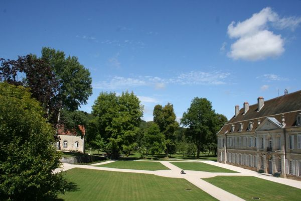 champagne 52 jardin auberive jardin abbaye auberive aile ouest et moulin.