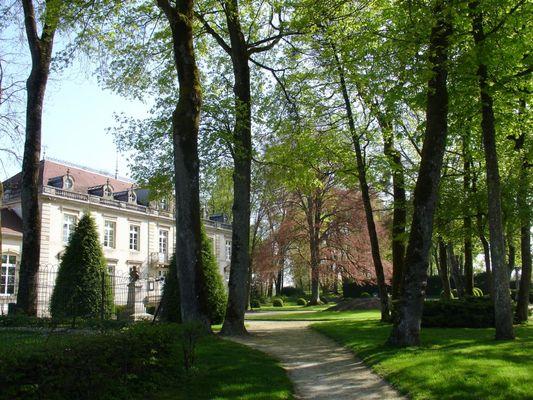 champagne 52 bourbonne les bains patrimoine parc du chateau 09 mdt52.