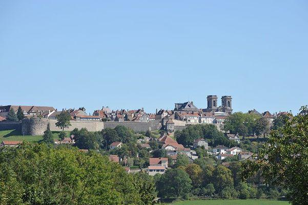 champagne haute marne 52 langres patrimoine vue ville remparts phl 5540.