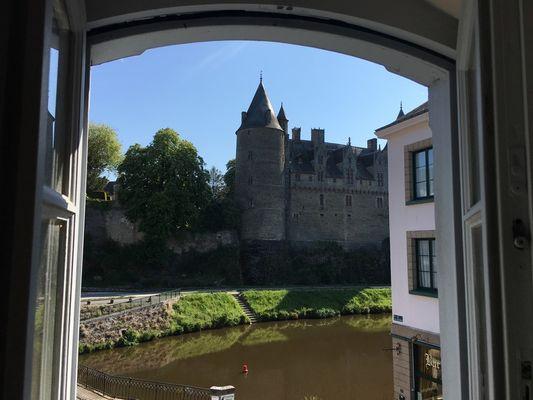 Chambre-hôtes-Maison-artistes-Josselin-Brocéliande-Morbihan-Bretagne