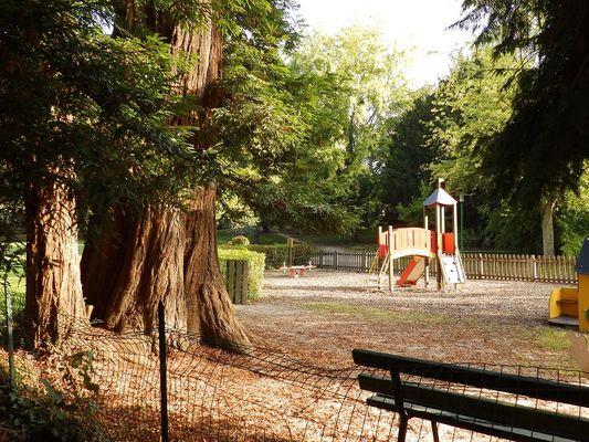 Aire de jeux parc municipal