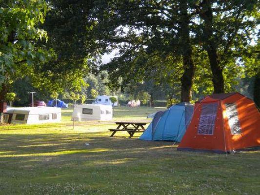 Camping Le Val aux Fées 1