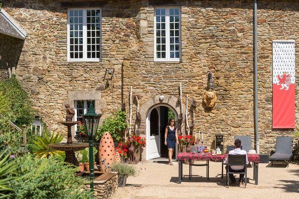 Chambres d'hôtes-Manoir Desnachez-Taupont-Destination-Brocéliande-Bretagne