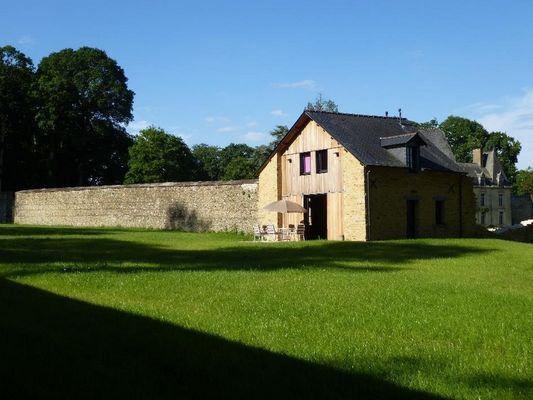 Domaine des Hayes_Maxent_Cottage_jardin