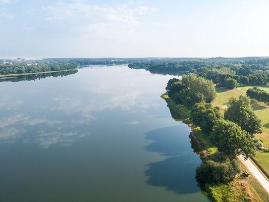 Lac au Duc - plus grand lac de Bretagne - Ploërmel - Brocéliande