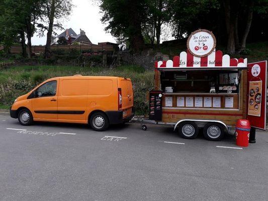 Food truck Les Cerises en balade - Quai fluvial - Josselin - Morbihan - Bretagne