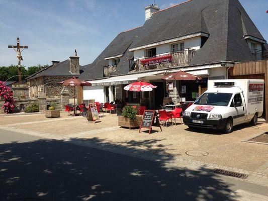 Restaurant traiteur le Tono du Village - St Laurent sur Oust - Canal de Nantes à Brest