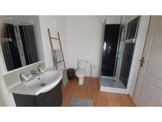 SDB-attenante-pour-chambre-double-2
