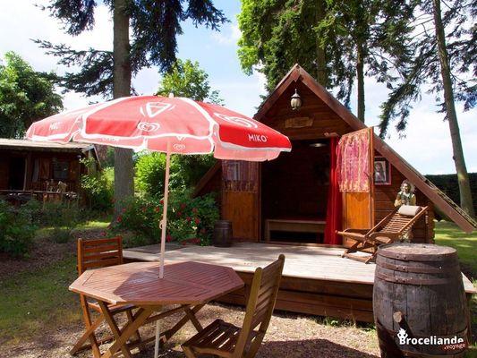 cabane-pionnier---camping-d-aleth-Destination Brocéliande