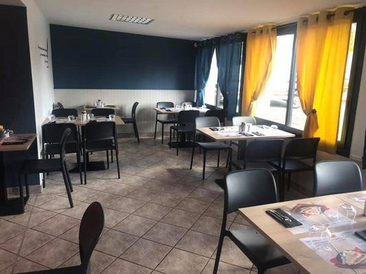restaurant - La Breizh Desbois - salle - Loyat - Brocéliande