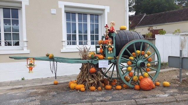 Hameau de Rochambeau aux couleurs d'automne