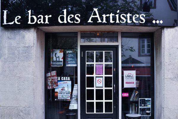 le-bar-des-artistes-laval