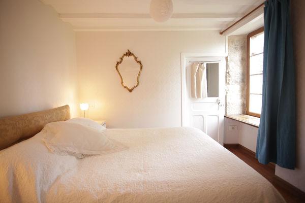 HLO53 - Les jardins suspendus du Ravelin - chambre double vue de la salle de bain