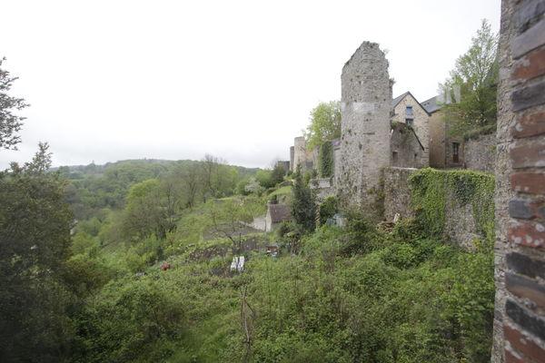 HLO53 - Les jardins suspendus du Ravelin - vue de la salle à manger