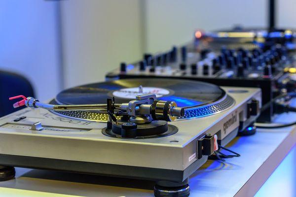 Discothèque DJ