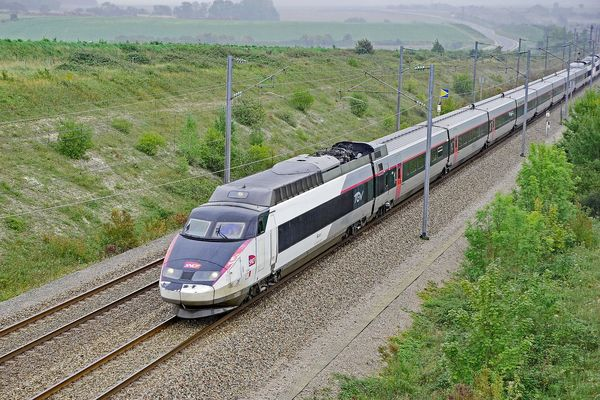 Gare Train LGV TGV