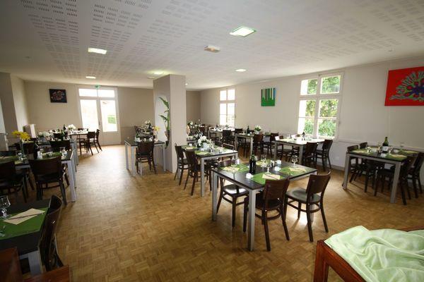 HOT-hotel-restaurant-le-camelia-01