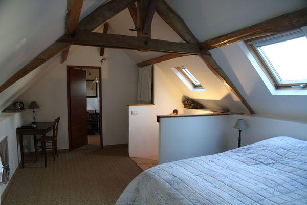 HLO-chambres-hotes-maison-saint-mayeul-bouere-02