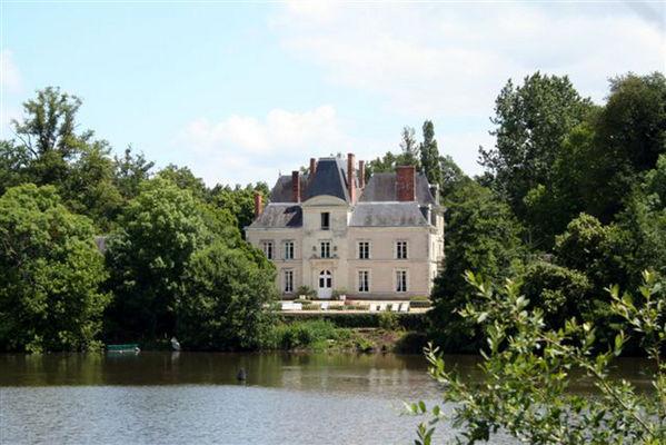 Château de Mirvault 3