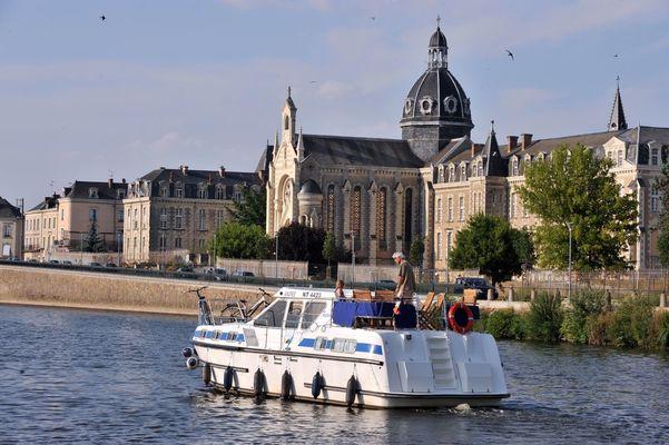 HLO-bateau-habitable-les-canalous-7