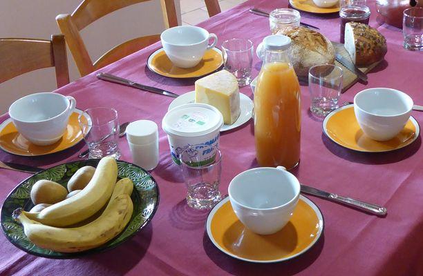 Les Loges du Bas Petit Déjeuner