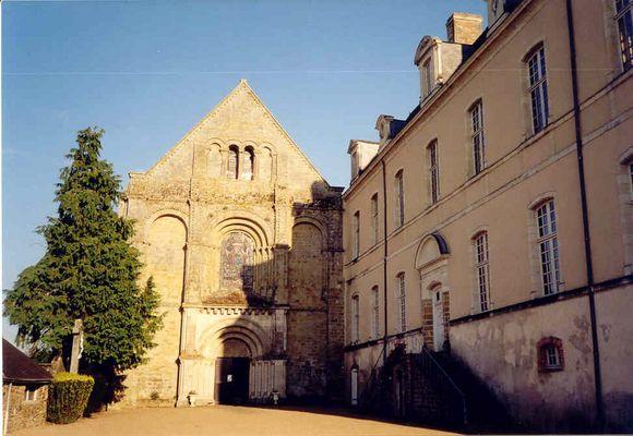 PCU-abbaye-de-la-roe (2)