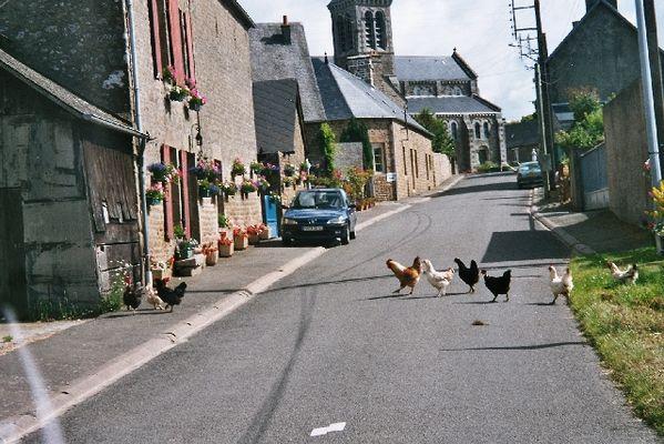 Sleepy village of Carelles