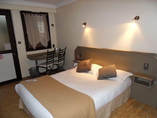 hotellatourdesanglais-mayenne-53-hot-3