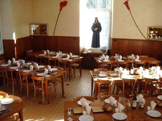 restaurant-centre-pastoral-du-sanctuaire-pontmain-53-res-1