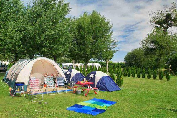 Bréville sur Mer_Camping La Route Blanche_emplacement  camping_6 ampères_1