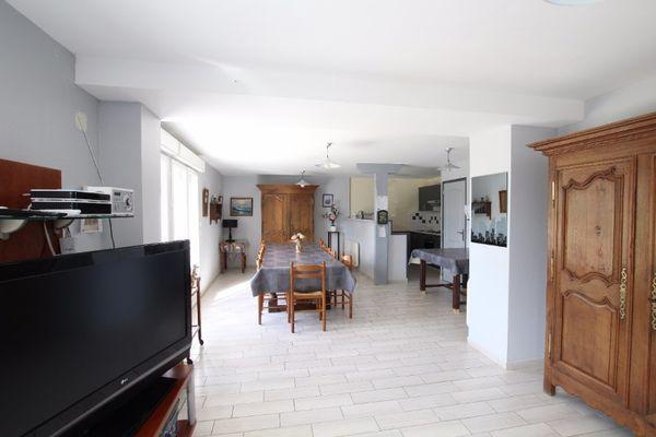 H7196-gite-des-bois-bricqueville-sur-mer(1)