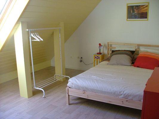Saint-Pierre-Langers_Meublé Bastard_5 chambre jaune