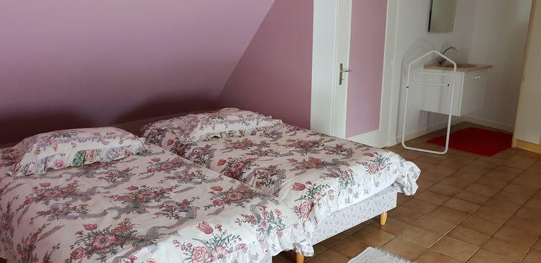 saint-pair-sur-mer-meuble-colombine-rue-de-scissy-3pers-14