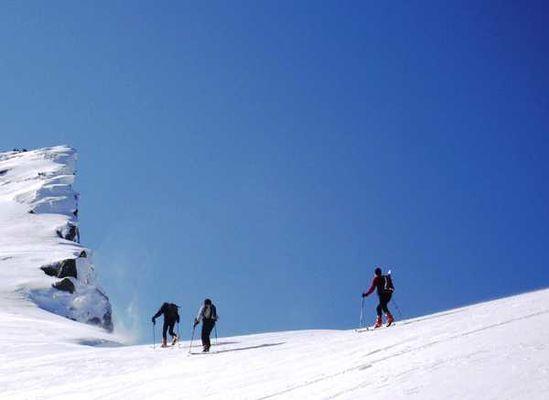 Y BUREAU DES GUIDES - Ski de rando 2