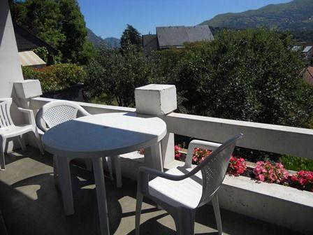 terrasse-gueguenespietrdc-argelesagazost-HautesPyrenees