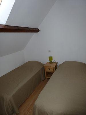 CALLARD- Argeles-HautesPyrenees-chambre 2