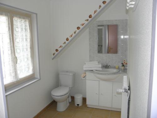 LE CAMPBIEILH-Chambres à louer-Chambre 2 - Salle d'eau