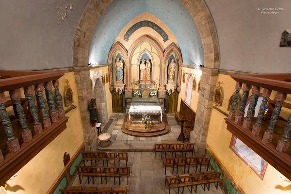 Eglise de Gavarnie interieur (2)