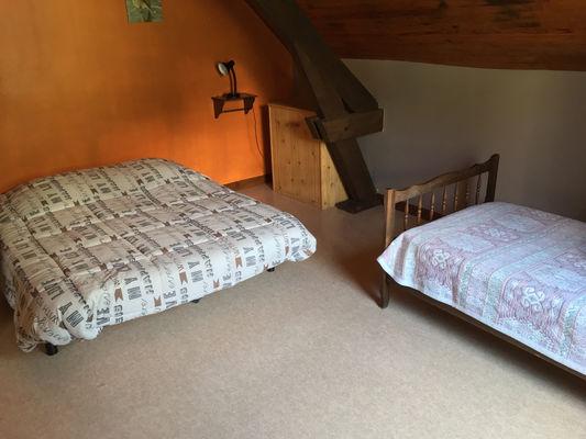 F-chambre3-exterieur-garcie-gavarnie-HautesPyrenees