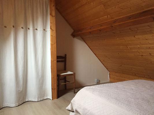 J-chambre5-blanc-gavarnie-HautesPyrenees