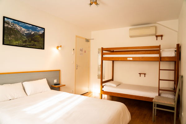SIT-Hotel-Gare-Pierrefitte-Hautes-Pyrenees (12)