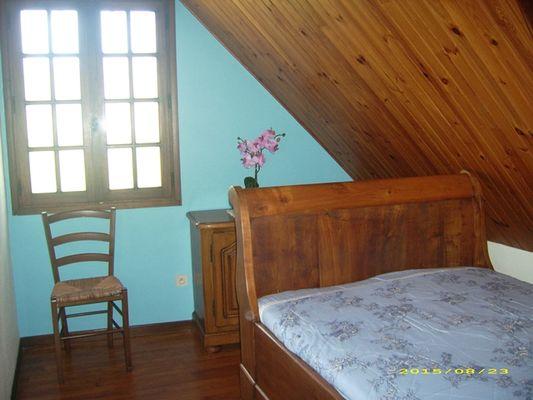 aberet-chambre1-saintpastous-HautesPyrenees