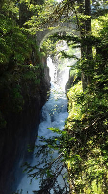 cascade-deffarge-argelesgazost-HautesPyrenees